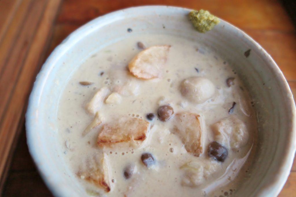 Vege8 里芋と揚げ大根の豆乳スープ