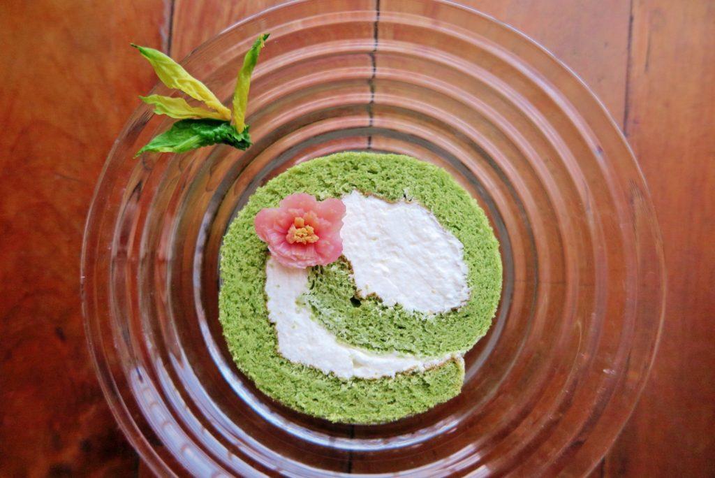 vege8 spinachi cake