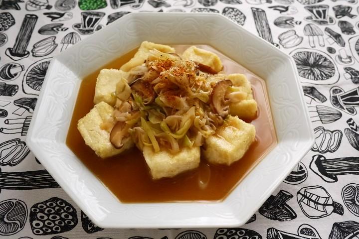 ねぎたっぷり出汁の揚げ豆腐